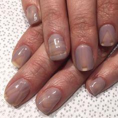 """@nailsbymii #MiMi super subtle #negativespacenails #nudenails #handpainted #gelnail #nailart #VanityProjects"""