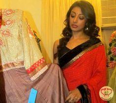 Actress Paoli Dam Inaugurates Fashion Studio Exclusively Debarun in Kolkata : http://fashion.sholoanabangaliana.in/actress-paoli-dam-inaugurates-fashion-studio-exclusively-debarun-in-kolkata/