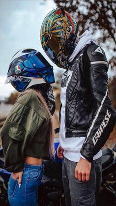 Motocross Couple, Biker Couple, Motorcycle Couple, Girl Riding Motorcycle, Motorbike Girl, Biker Love, Biker Girl, Cute Couples Photos, Cute Couple Pictures
