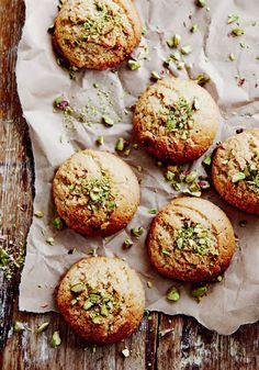 Chewy tahini & almond cookies