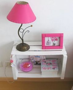 Turqoise instead pink. Diy Room Decor, Bedroom Decor, Home Decor, Home Crafts, Diy And Crafts, Wooden Crates, Deco Design, Pallet Furniture, Girl Room