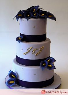 Lavender Wedding Cake by Pink Cake Box in Denville, NJ. Calla Lily Cake, Calla Lily Bouquet, Calla Lillies, Lilies, Elegant Wedding Cakes, Beautiful Wedding Cakes, Beautiful Cakes, Royal Blue Cake, Pink Cake Box