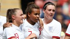 England women Denmark women: Nikita Parris & Jill Scott give Lionesses friendly win BBC Football Shampoo For Thinning Hair, Hair Loss Shampoo, England Ladies Football, Ellen White, Bbc Football, Jill Scott, Fifa Women's World Cup, Girls Soccer, Free Kick