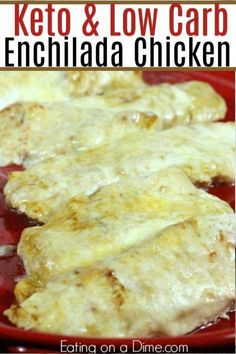 Keto Recipes 21916 Are you looking for an easy low carb Mexican recipe? You are going to love this low carb chicken enchilada bake. It is delish! This recipe is simple to make, keto friendly and the entire family will love it! Poulet Keto, Low Carb Enchiladas, Chicken Enchiladas, Chicken Eating, Baked Chicken, Chicken Chili, Comida Keto, Keto Cookies, Keto Desserts