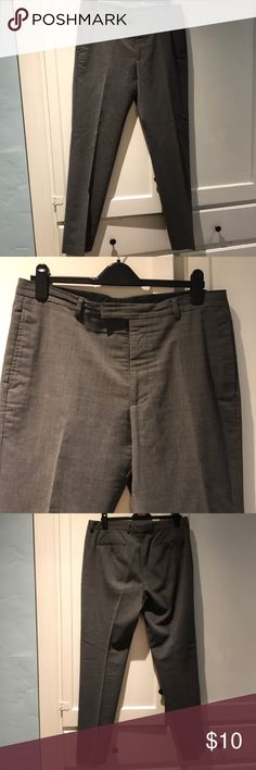 Men's Club Monaco Dress Slacks waist 36 leg 34 Men's Club Monaco Dress Slacks waist 36 leg 34 in good condition dry cleaning would tighten the pants up. From a private estate in Beverly Hills, CA. Sorry no trades. Club Monaco Pants Dress