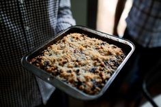 blueberry crumble recipe from sugar bakeshop Blueberry Crumble, Dee Dee, Coffee Cake, No Bake Cake, Oatmeal, Berries, Sweet Treats, Brunch, Sweets