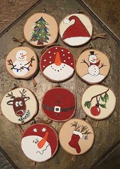 50 Ideas For Wood Slice Christmas Ornaments Decoration Crafts Wooden Christmas Decorations, Painted Christmas Ornaments, Christmas Ornament Crafts, Wood Ornaments, How To Make Ornaments, Diy Christmas Gifts, Handmade Christmas, Holiday Crafts, Snowman Crafts