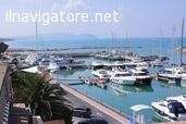 Vendo / #affitto posto barca 13 x 4,20 con #Finger posto auto #coperto , #servizi #compresi ... #annunci #nautica #barche #ilnavigatore