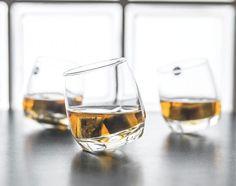 6 X Bar Rocking Whisky Glass Whiskey Drinking Glass Lens - Round Bottom 200 Ml & Garden Whiskey Sour, Whiskey Drinks, Bourbon, Irish Coffee Glasses, Whiskey Glasses, Giant Wine Glass, Ice Stone, Drinking Glass, Tumblers