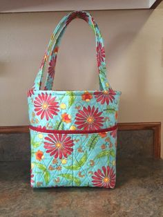I made a bag for my daughter - I love it! She is expecting a baby girl in July,  after two boys I thought she is probably ready for some gir...