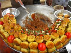 Street foods of India - Time to Make the Aloo Tikki