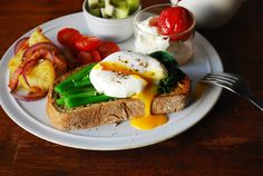 Breakfast. / EMPAPURA PLUS blog http://blog.empapura.com