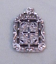 2-Sided-Silver-Pendant-cross-blue-stone