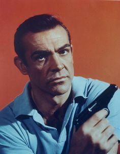 Sean Connery (2208x2835 pixels)