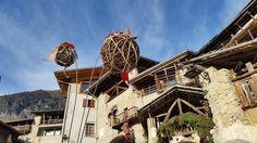 La riconoscete? La caratteristica entrata del #borgo di #Rango addobbata a festa per i tradizionali #mercatini di #natale! #visitacomano #christmas #mercatinorango #natale #festenatalizie