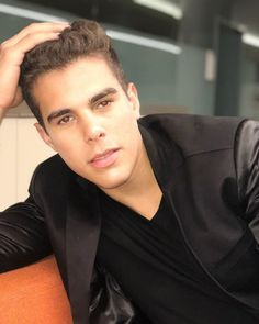 Read Entrevista parte 4 from the story Impossible (Zabdiel de Jesús- CNCO ) by CoraimaGuru (Coraima Guru) with 787 reads.