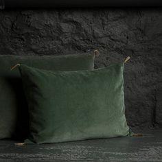 Coussin haut de gamme - Coussin en velours et lin - La Maison Générale - Linge de maison haut de gamme
