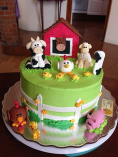 Farm Birthday Cakes, Animal Birthday Cakes, Farm Animal Birthday, 2 Birthday Cake, Birthday Ideas, Farm Animal Cakes, Farm Animal Party, Barnyard Cake, Barnyard Party