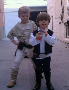 My favorite home-made costumes so far... My boys as Luke & Han :)