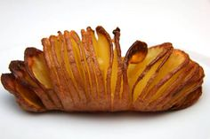 Przepis na Ziemniaki Hasselback autorstwa Gabor Varga Vegetable Recipes, Meat Recipes, Cake Recipes, Recipies, Baked Potato, Side Dishes, Clean Eating, Food And Drink, Potatoes