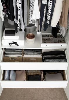 Schrank Schubladen Organisation, You are in the right place about Storage an Closet Walk-in, Closet Bedroom, Closet Space, Closet Storage, Bedroom Storage, Bedroom Drawers, Closets, Bedroom Decor, Bathroom Closet