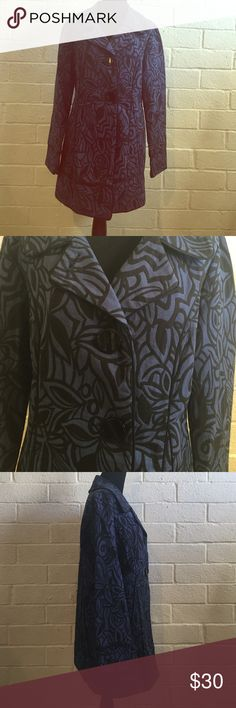 Mac & jac floral fall elegant trench coat Only worn a few times. In great condition. Absolutely no stains, tears or snags. 3 buttons. A really beautiful piping dart detail in black. It is lined and perfect for fall and layering. Good day and evening coat. 15% of all purchases is donated to my local animal rescue/shelter. Mac & Jac Jackets & Coats Trench Coats