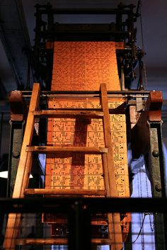 TextielMuseum jacquardkaart op het damastweefgetouw