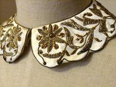 1950年代 ビーズ&メタリック刺繍の付け襟 - Antique Vintage Jewelry.com fromUK
