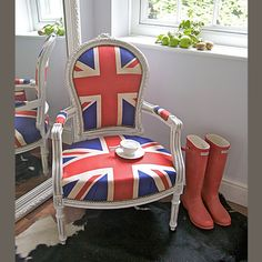 ZsaZsa Bellagio:      HRH chair for sipping tea and kicking off her royal pink Hunter boots!