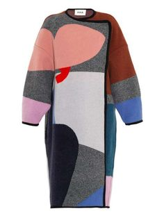 Love the Issa Clemence oversized patchwork coat on Wantering. @gtl_clothing #getthelook http://gtl.clothing