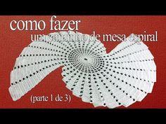 Como fazer um caminho de mesa espiral (parte 1 de 3) - YouTube Filet Crochet, Crochet Doilies, Hand Crochet, Crochet Stitches, Crochet Baby, Crochet Table Topper, Crochet Table Runner, Doily Patterns, Crochet Patterns