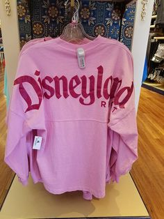 Show your princess spirit with this new Spirit Jersey collection! Cute Disney Outfits, Disney World Outfits, Disneyland Outfits, Cute Outfits, Disney Clothes, Disney Fashion, Fashion Fashion, Best Casual Outfits, Casual Wear