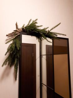 Christmas decoration for a mirror