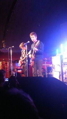 Noel Gallagher secret gig south London 27 / 03 / 15  he could have smiled