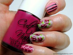 #31DC2013 Day 14: Flowers - used mostly @Cult Nails polishes for this, and mostly wax-finish polishes, including Kiss My Rose Bush, Morning Glory, Let's Get Dirty, and Fetish. Also from Cult Nails Deal With It for the leaves. Darkest pink on the roses is @China Glaze Merry Berry. Love the finished look!