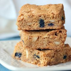 Crispy Cream Blueberry Blondies. Bob Vivant has some interesting ideas. Must see what these taste like.