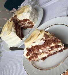 Muzlu Yaş Pasta Tarifi - Pratik Tatlı Tarifleri