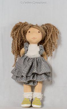 Sono felice di condividere l'ultimo arrivato nel mio negozio #etsy: Bambola collezione stile Waldorf realizzata con materiali naturali
