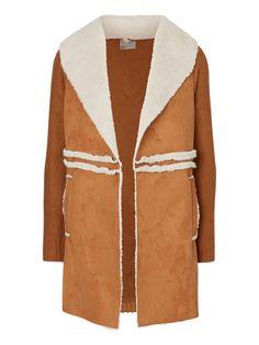 The ultimate 70s cardi-coat from VERO MODA.