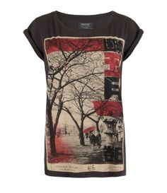 OOooh!!! I almost bought this shirt in Las Vegas when I was at the store, but I chose a different shirt instead. XC so tempting!! <3 Mayday T-shirt (Sale, Sale Women, AllSaints Spitalfield)