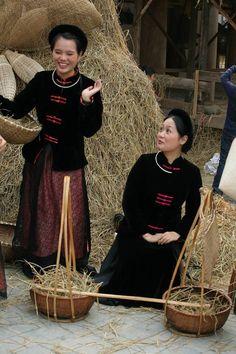 the 'Ca Tru' singer, Vietnam...