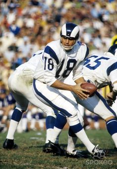 Los Angeles Rams quarterback Roman Gabriel (18) in action against the Baltimore Colts at the Coliseum.