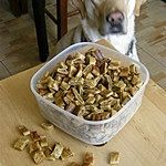 Wątróbkowe ciasteczka dla psów Dog Food Recipes, Recipies, Dogs, Recipes, Rezepte, Doggies, Food Recipes, Pet Dogs, Dog