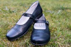 Marche sapatos de Menina