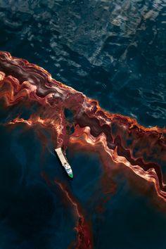 Spill, Daniel Beltrá - ATLAS OF PLACES
