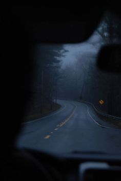 Love this road at dusk, which reminds me of a film I really enjoyed: Mothman Prophecy, a sense of driving into an underworld by some uncharted turn in the night. Night Aesthetic, Nature Aesthetic, Blue Aesthetic, Camping Photography, Dark Photography, Images Esthétiques, Dark Paradise, Night Driving, Dark Places