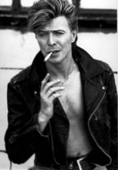 David Bowie photographed by Herb Ritts in LA, even with a cigarette still The Ma. - David Bowie photographed by Herb Ritts in LA, even with a cigarette still The Man Who Fell To Earth - Duncan Jones, Herb Ritts, The Thin White Duke, New Wave, We Will Rock You, Ziggy Stardust, Willie Nelson, Raining Men, Ringo Starr