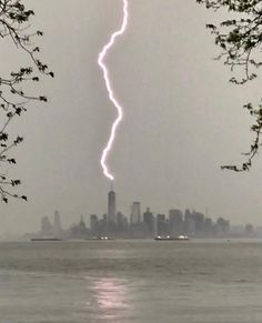 """jinxproof:""""Harley Weir got a great shot of the thunderstorm that hit NYC Tuesday afternoon. Thalia Grace, Marvel Xmen, Tumblr, Heroes Of Olympus, Character Aesthetic, Greek Gods, Looks Cool, Nature Photography, Photography Tips"""