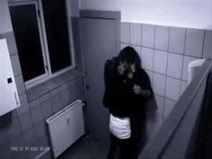 selingkuh di toilet kantor, yang berakhir tragis