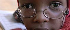 """Raccontaci la tua storia! Cosa significa per te essere un """"Salvatore della vista"""" e contribuire a salvare migliaia di persone dal buio della cecità? http://www.sightsavers.it/sostienici/raccontaci_la_tua_storia/default.html#"""